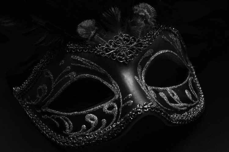 mask-1150182_960_720